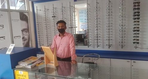 Eye-Q India Roorkee clinic Optical Counter